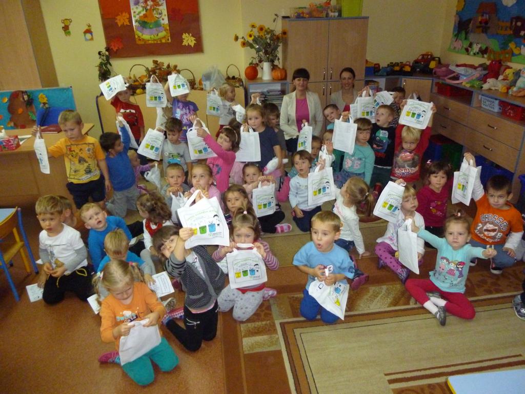 19.10.2015 r. Publiczne Przedszkole w Czarnowąsach - grupa 1.jpeg