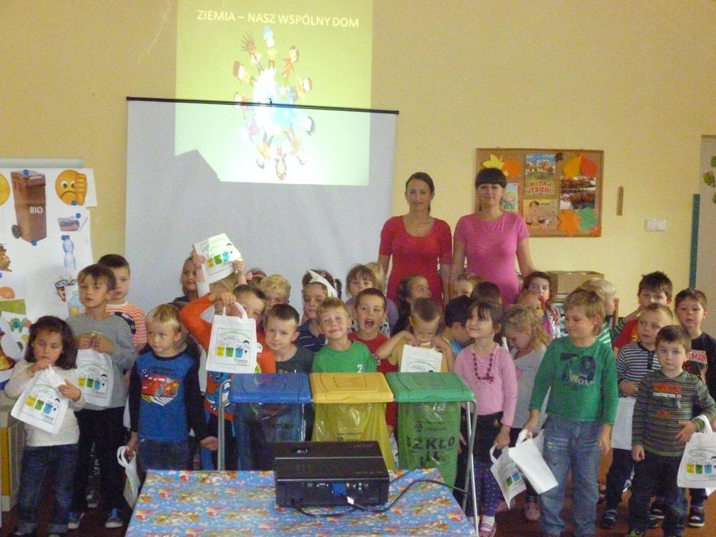 19.10.2015 r. Publiczne Przedszkole w Czarnowąsach - grupa 2.jpeg